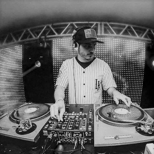DJ Michal Kolář hudební produkce umělecká agentura